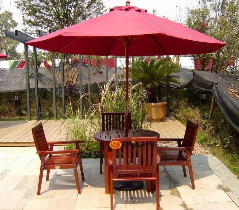 带伞休闲桌椅