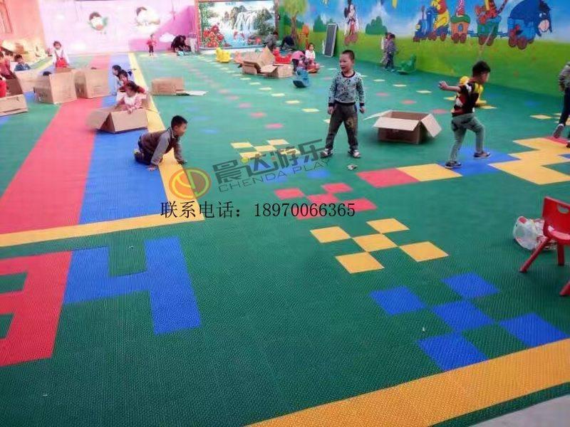 幼儿园悬浮地板4